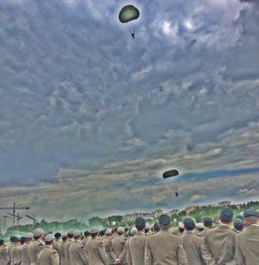 Skoki spadochrnowe, Wojska Specjalne