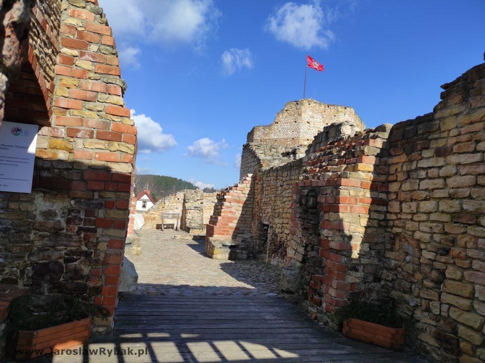 Odrestaurowane wnętrza zamku.